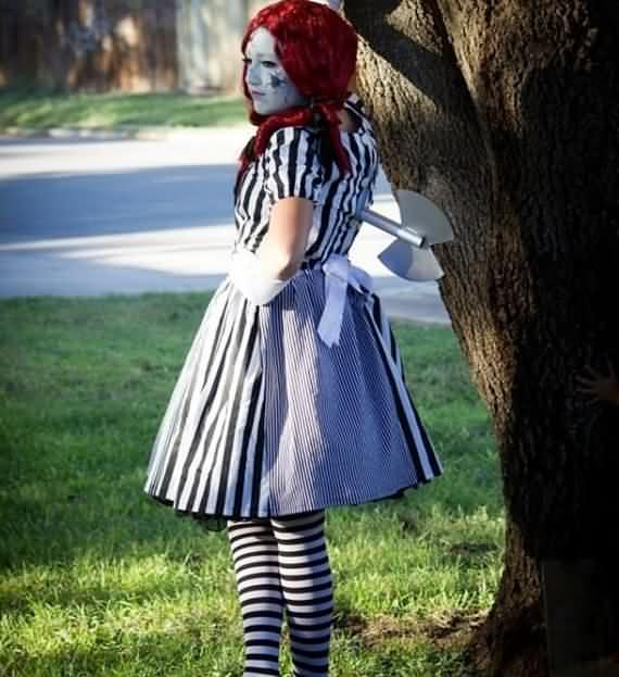 halloween-costumes-for-adults-and-kids-27