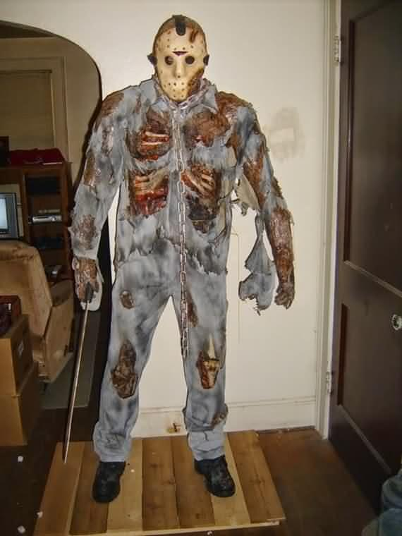 halloween-costumes-for-adults-and-kids-3