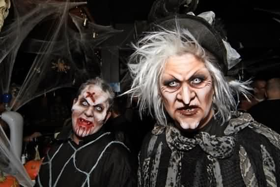 halloween-costumes-for-adults-and-kids-31