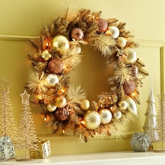 awesome-outdoor-christmas-wreaths-ideas-14