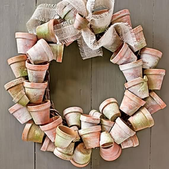awesome-outdoor-christmas-wreaths-ideas-15