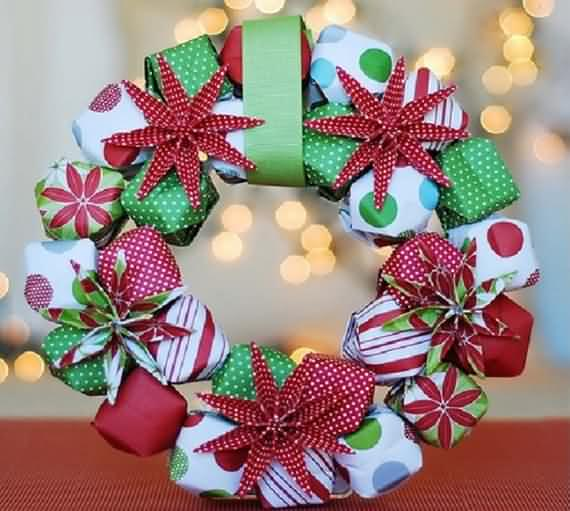 awesome-outdoor-christmas-wreaths-ideas-21