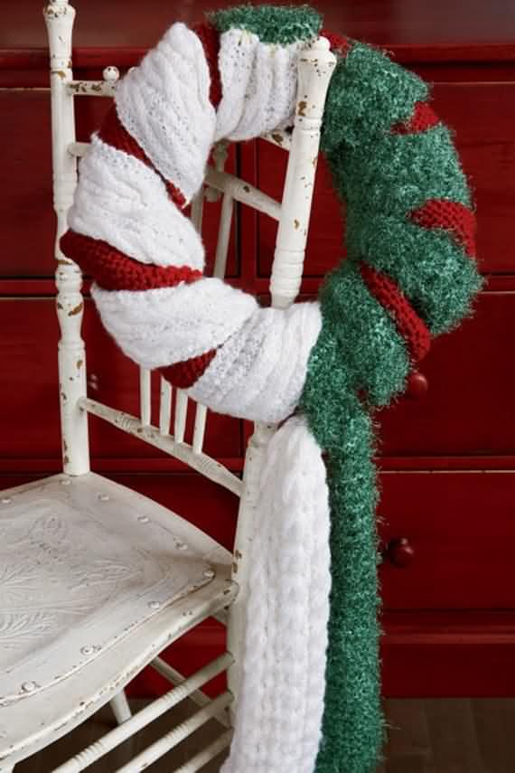 awesome-outdoor-christmas-wreaths-ideas-28