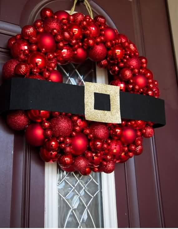 awesome-outdoor-christmas-wreaths-ideas-51
