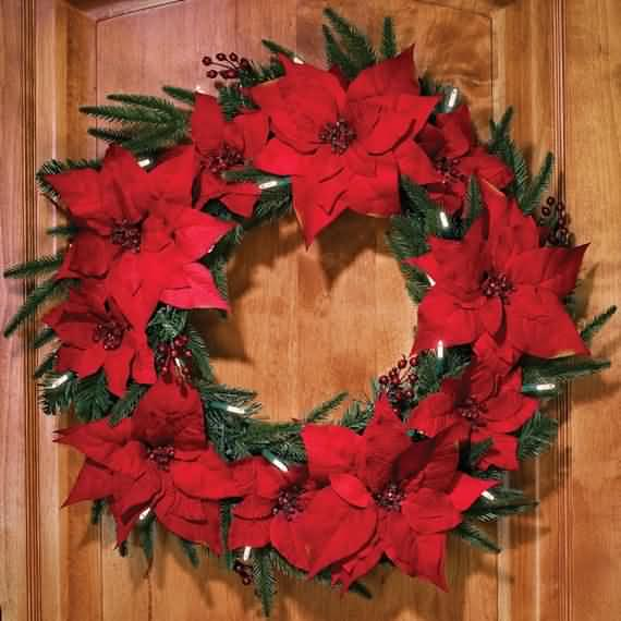 awesome-outdoor-christmas-wreaths-ideas-52