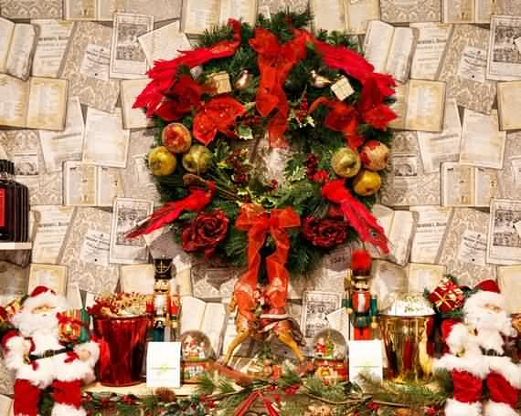 awesome-outdoor-christmas-wreaths-ideas-7