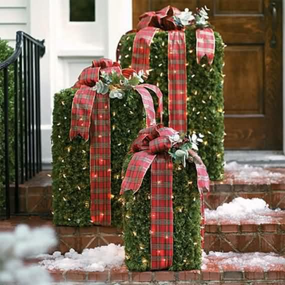 Outdoor Holiday Decorations Ideas Part - 28: Best-outdoor-christmas-decorations-ideas-20