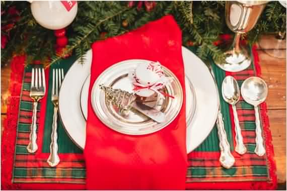 christmas-table-setting-and-centerpieces-ideas-16