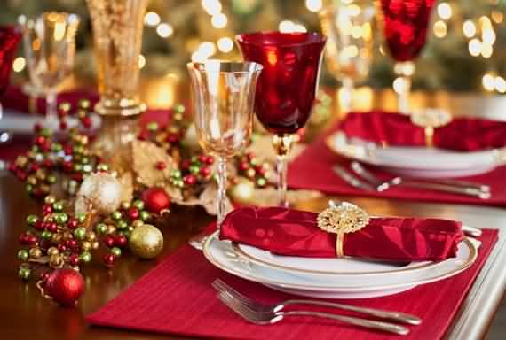 christmas-table-setting-and-centerpieces-ideas-24