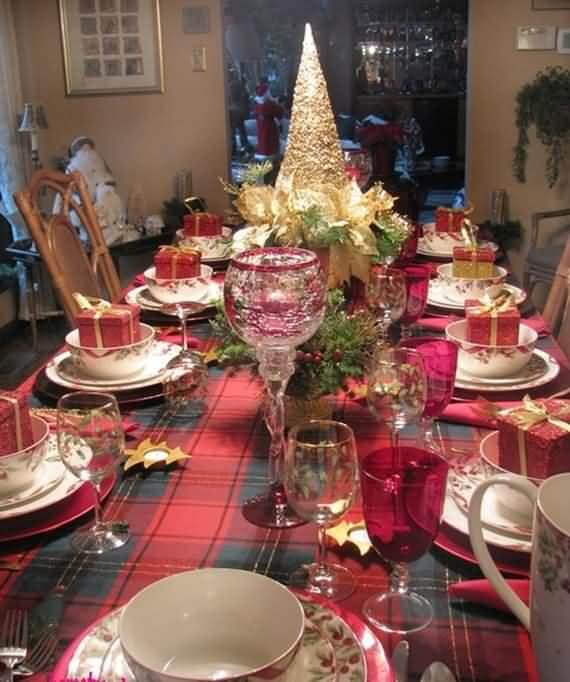 christmas-table-setting-and-centerpieces-ideas-34