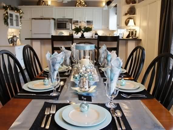 christmas-table-setting-and-centerpieces-ideas-37