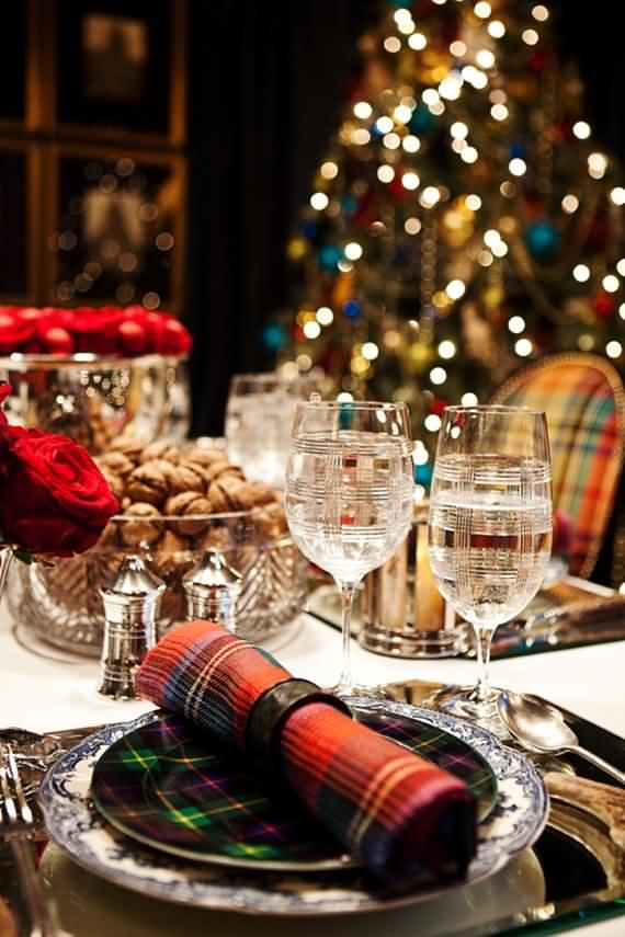 christmas-table-setting-and-centerpieces-ideas-45