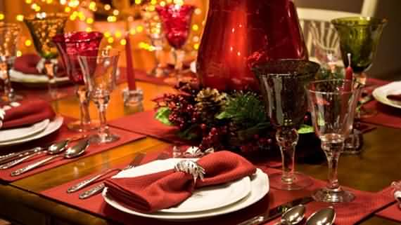christmas-table-setting-and-centerpieces-ideas-46