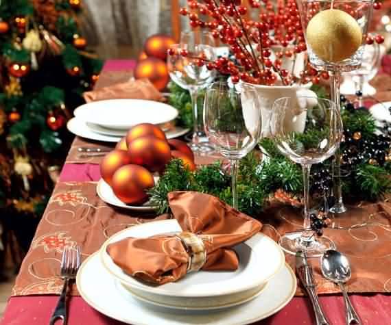 christmas-table-setting-and-centerpieces-ideas-8