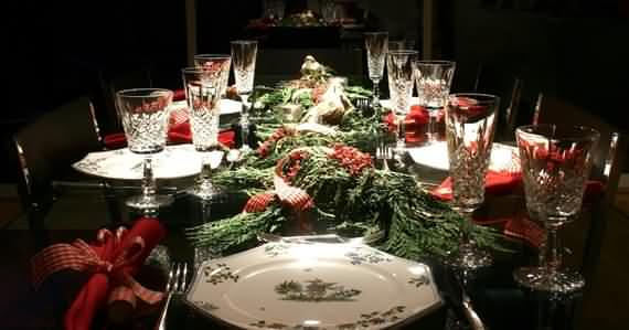 christmas-table-setting-and-centerpieces-ideas-9