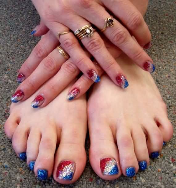 Pictures Of Th Of July Nail Designs