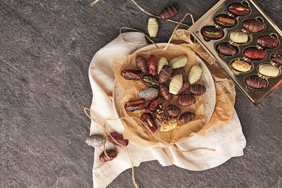 creative Ramadan desserts , Ramadan desserts , Ramadan , desserts , Ramadan sweets , sweets , Chocolates and dates a perfect combination , Chocolates and dates , Chocolates , dates