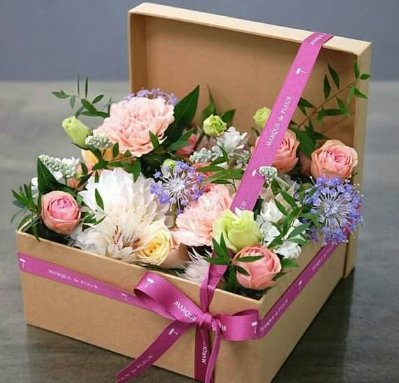 Roses in a box for Valentine's Day , Roses in a box , Valentine's Day , Roses , box for Valentine's Day
